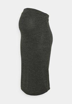 Pieces Maternity - PCMPAM PENCIL SKIRT - Falda de tubo - dark grey melange