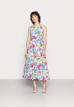 Thought - TABITHA TIE WAIST FLARE DRESS - Freizeitkleid - white