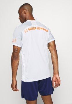 adidas Performance - FC BAYERN MUENCHEN AEROREADY FOOTBALL  - Vereinsmannschaften - grey/white