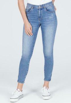 Cross Jeans - JUDY - Jeansy Skinny Fit - niebieski