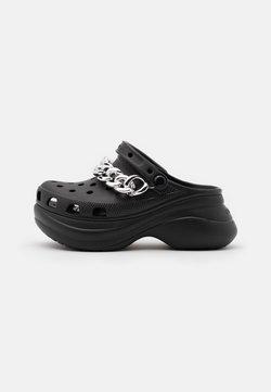 Crocs - CLASSIC  - Pantolette hoch - black/silver