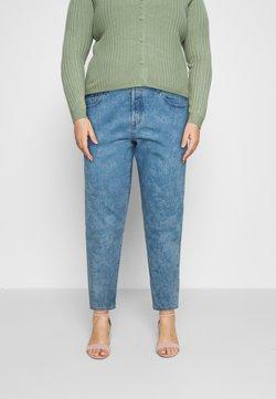 Levi's® Plus - 501 CROP - Jeans Shorts - light-blue denim