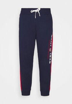 GANT - RETRO SHIELD PANTS - Pantalon de survêtement - classic blue