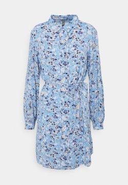 Pieces - PCGERTRUDE DRESS - Blusenkleid - little boy blue