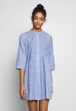 ONLY - ONLCHICAGO LIFE STRIPE DRESS - Vardagsklänning - cloud dancer/medium blue