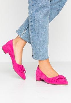Peter Kaiser - SHARIE - Classic heels - berry