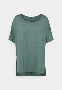 Nike Performance - YOGA LAYER PLUS - T-Shirt basic - light pumice/dark teal green