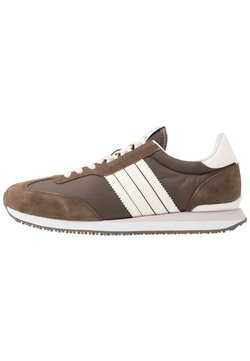 Tommy Hilfiger - MIX RUNNER STRIPES - Sneaker low - brown