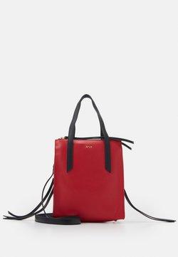 N°21 - Handtasche - red
