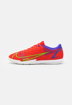 Nike Performance - MERCURIAL VAPOR 14 ACADEMY IC - Zaalvoetbalschoenen - bright crimson/metallic silver