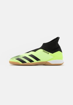 adidas Performance - PREDATOR 20.3 FOOTBALL SHOES INDOOR - Indoor football boots - signal green/core black/footwear white