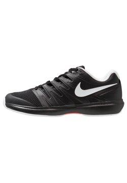 Nike Performance - Scarpe da tennis per tutte le superfici - black/white/bright crimson