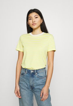 Selected Femme - SLFMY PERFECT SS TEE BOX CUT STR COLOR B - T-Shirt print - yellow