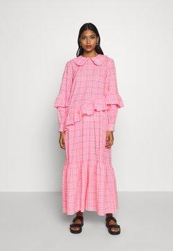 Résumé - TEAGAN DRESS - Robe longue - neon pink