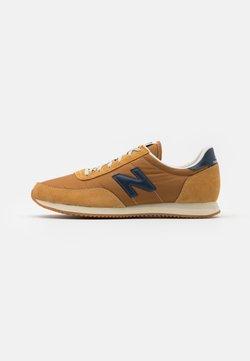 New Balance - 720 UNISEX - Sneaker low - brown