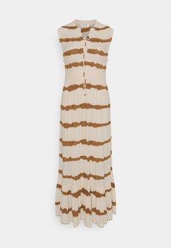 Cream - LEIGHCR DRESS - Maxikleid - dull gold tiedye stripe