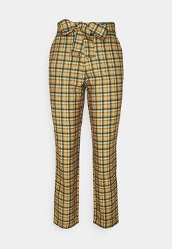 Vila - VIRULER 7/8 BELT PANTS - Pantalon classique - butternut/multi