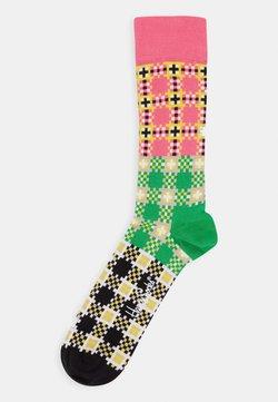 Happy Socks - TARTAN SQUARE SOCK - Socken - medium pink