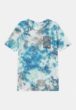 Abercrombie & Fitch - BACKHIT LOGO DYE EFFECT - T-shirt z nadrukiem - blue
