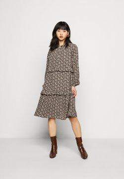 Vero Moda Petite - VMSIRI DRESS - Hverdagskjoler - black