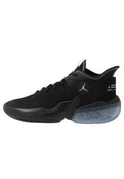 Jordan - REACT ELEVATION - Basketball shoes - black/white