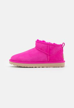 UGG - CLASSIC ULTRA MINI - Ankle Boot - rock rose