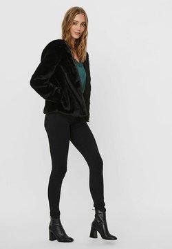 Vero Moda - Winterjacke - black