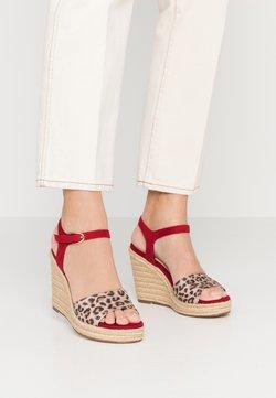 Tamaris - Korolliset sandaalit - lipstick