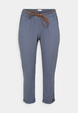 Mamalicious Curve - MLBEACH BELT WOVEN PANT - Spodnie materiałowe - china blue