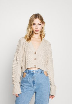 Milk it - MIXED CABLE CROPPED - Gilet - cream