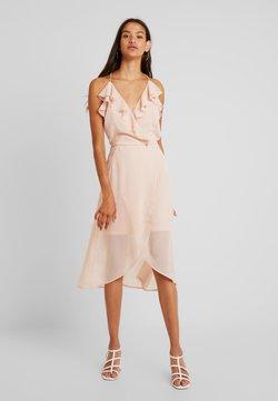 Vila - VIJOYO FLOUNCE DRESS - Cocktail dress / Party dress - rose smoke