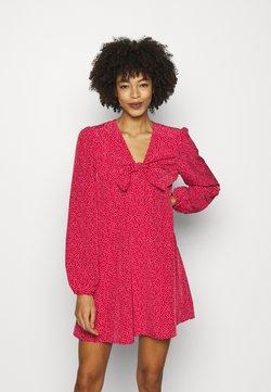 Guess - ALIMA DRESS - Freizeitkleid - red