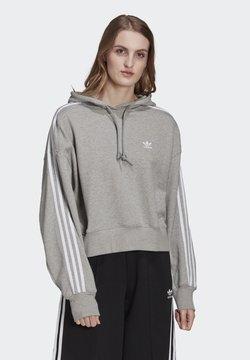 adidas Originals - ORIGINALS ADICOLOR SWEATSHIRT HOODIE LOOSE - Kapuzenpullover - medium grey heather