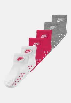 Nike Sportswear - CORE FUTURA GRIPPER 6 PACK UNISEX - Sokken - rush pink