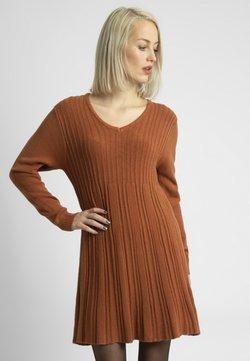 Apart - Vestido de punto - karamel
