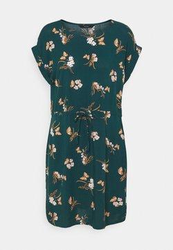 Vero Moda - VMSIMPLY EASY TIE SHORT DRESS - Robe d'été - sea moss/ann