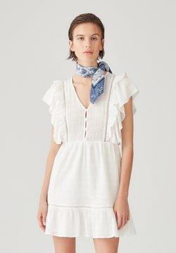 PULL&BEAR - Korte jurk - white