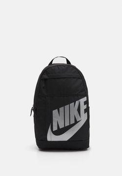 Nike Sportswear - ELEMENTAL - Reppu - black/metallic silver
