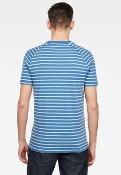 G-Star - KORPAZ STRIPE GR SLIM - T-Shirt print - deep sky/thermen stripe