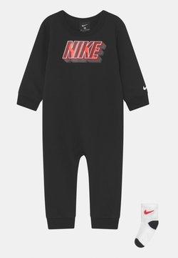 Nike Sportswear - BLOCK SET UNISEX - Jumpsuit - black