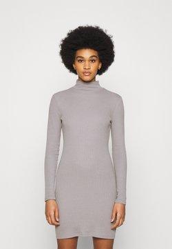 Nly by Nelly - SPORTY DRESS - Vestido de tubo - grey