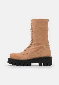 Paloma Barceló - EXCLUSIVE AKAP - Lace-up boots - nocciola