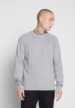 Only & Sons - ONSDUKE CREW NECK - Strickpullover - medium grey melange
