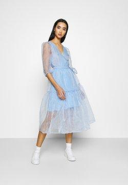 Monki - SARA DRESS - Sukienka letnia - blue light