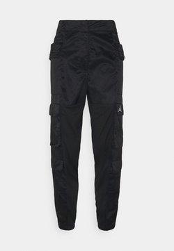 Jordan - HEATWAVE UTILITY PANT - Reisitaskuhousut - black/white