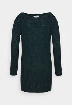 Missguided Petite - AYVAN OFF SHOULDER JUMPER DRESS - Strickkleid - forest green