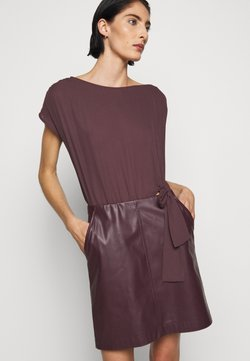 Patrizia Pepe - DRESS  - Robe d'été - violet swan