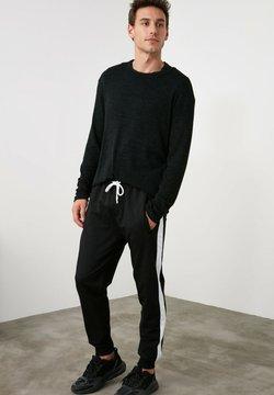 Trendyol - Jogginghose - black
