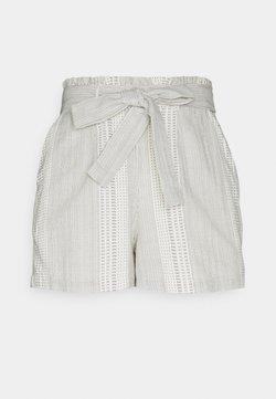Vero Moda Petite - VMDICTHE TIE SHORTS  - Shorts - birch