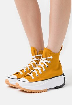 Converse - RUN STAR HIKE - Baskets montantes - saffron yellow/white/black